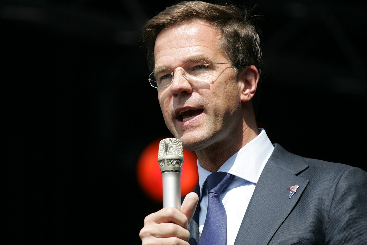 Mark Rutte over schoolreizen